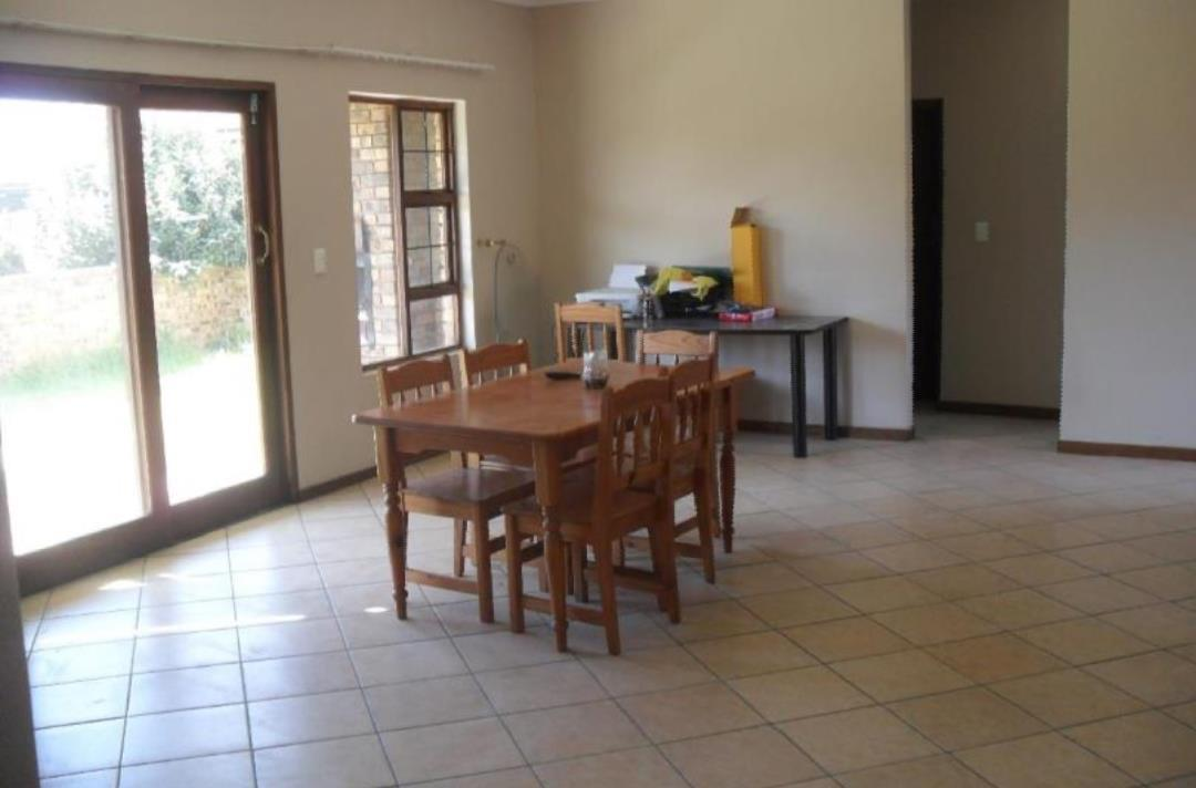 3 Bedroom Town house For Sale in Kriel