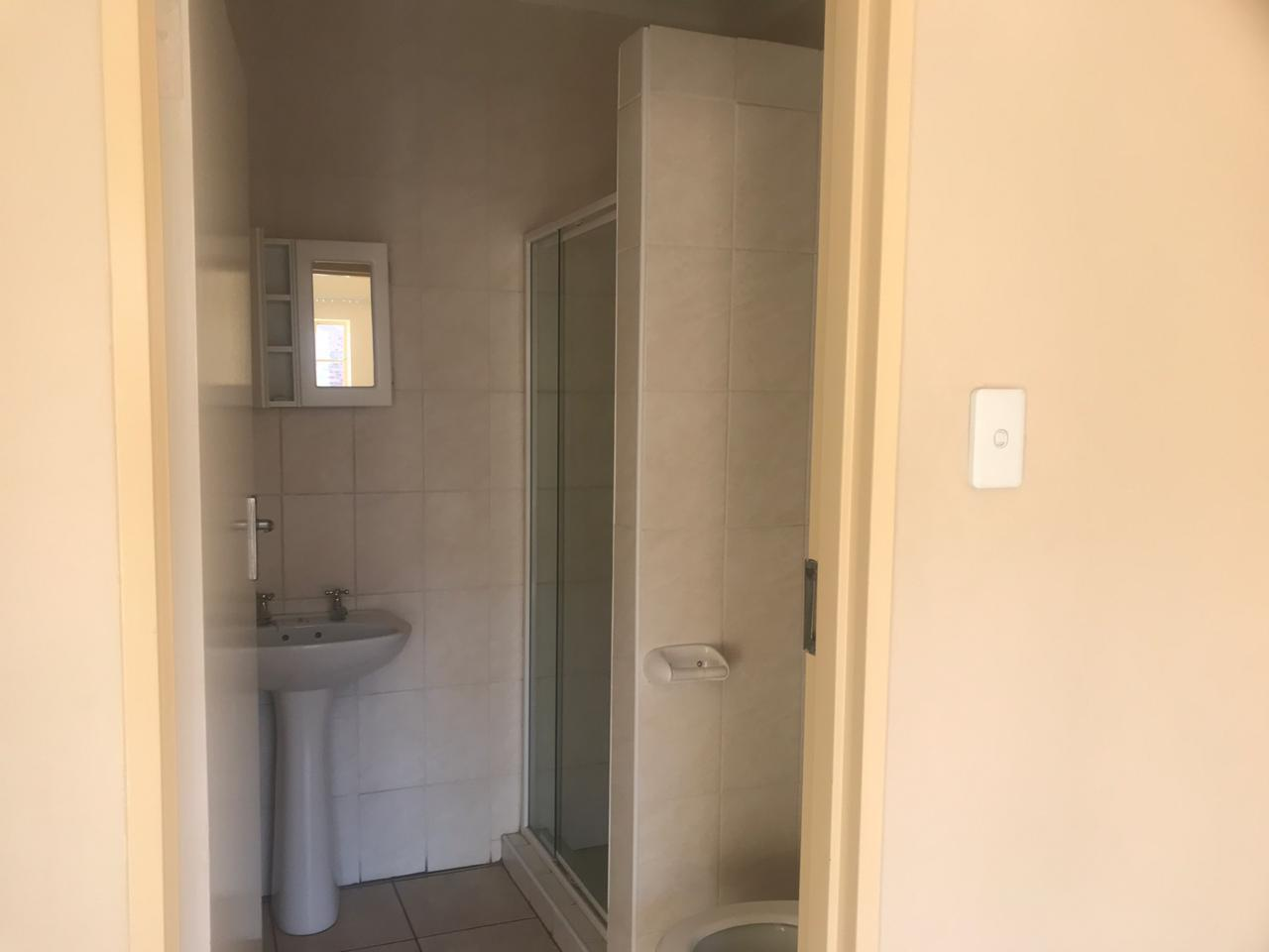2 Bedroom Apartment / Flat To Rent in Del Judor