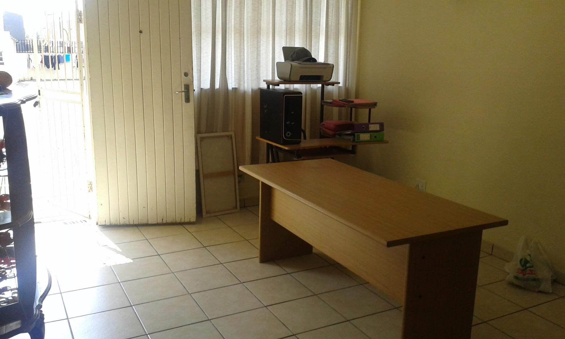 2 Bedroom Apartment / Flat To Rent in Greenhills