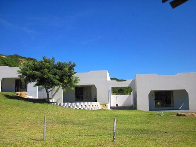 Industrial Property in Bilene Central For Sale