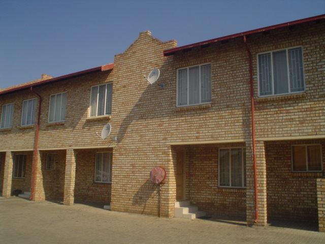 1 Bedroom House To Rent in Rustenburg Central