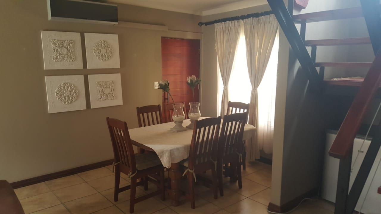3 Bedroom House To Rent in Waterval East