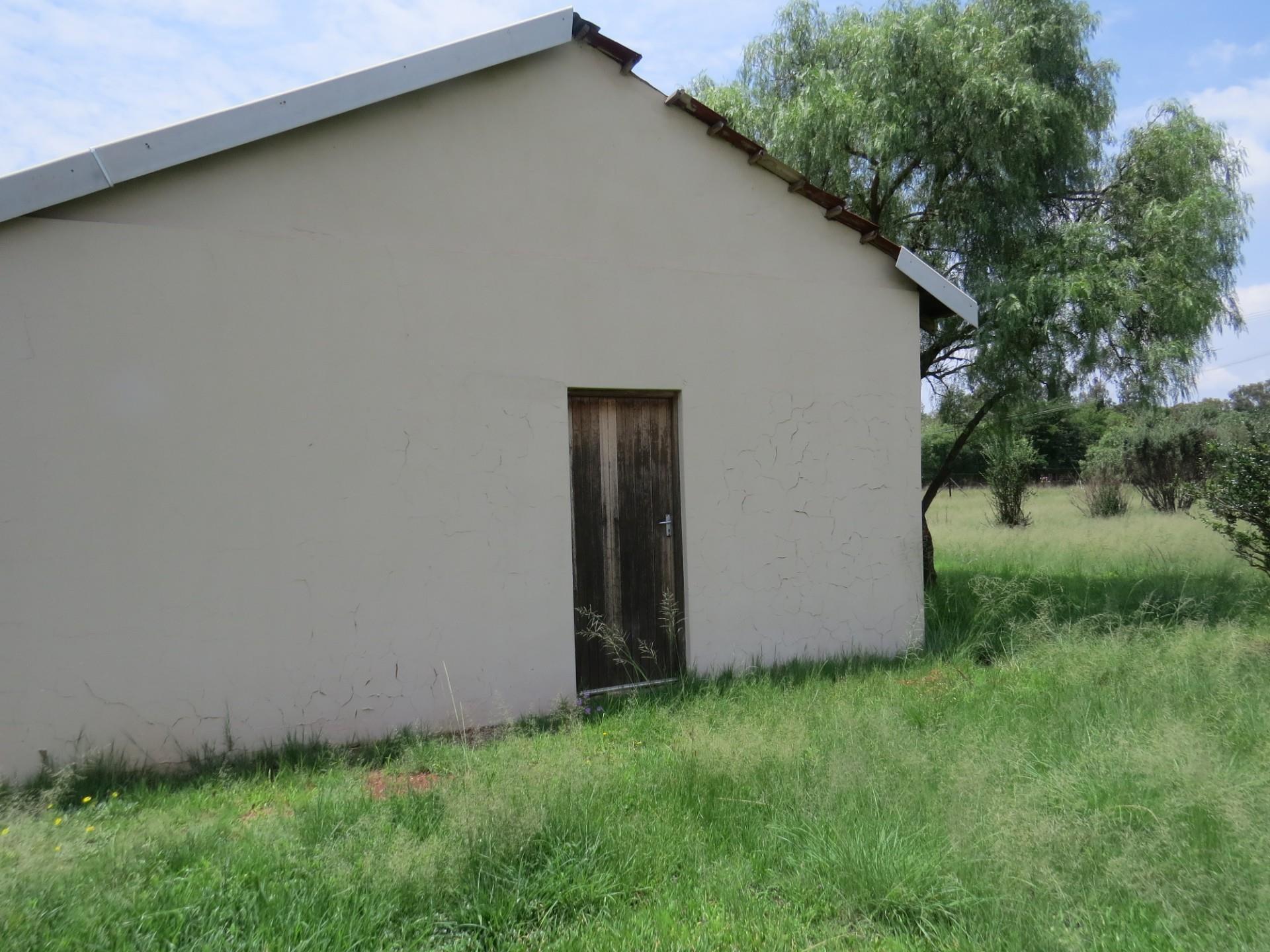 Farm in Dreamlands For Sale