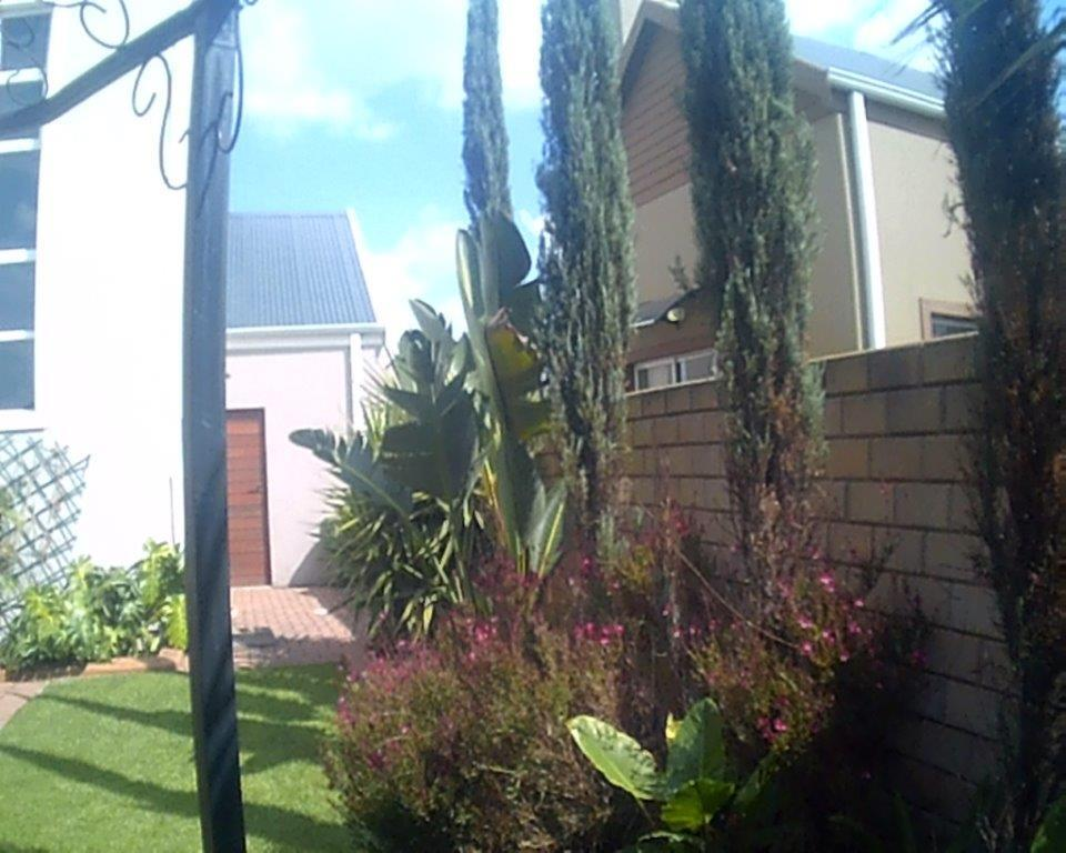 3 Bedroom Townhouse For Sale in Riverspray Lifestyle Estate
