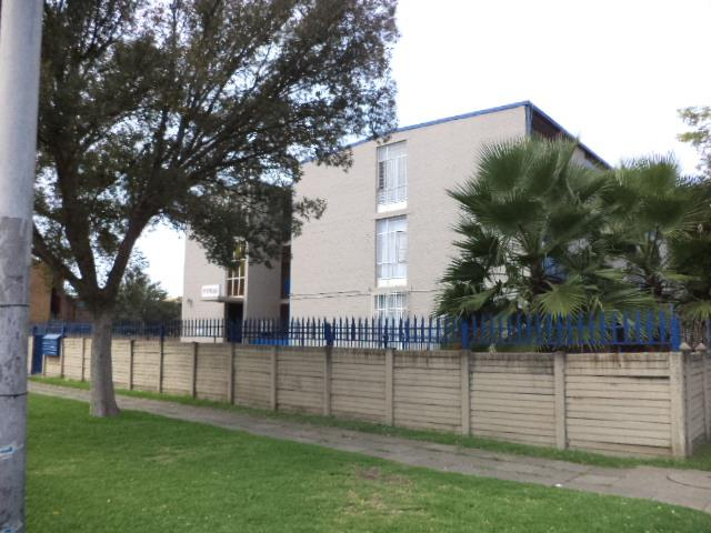 2 Bedroom Apartment / Flat For Sale in Vereeniging Central
