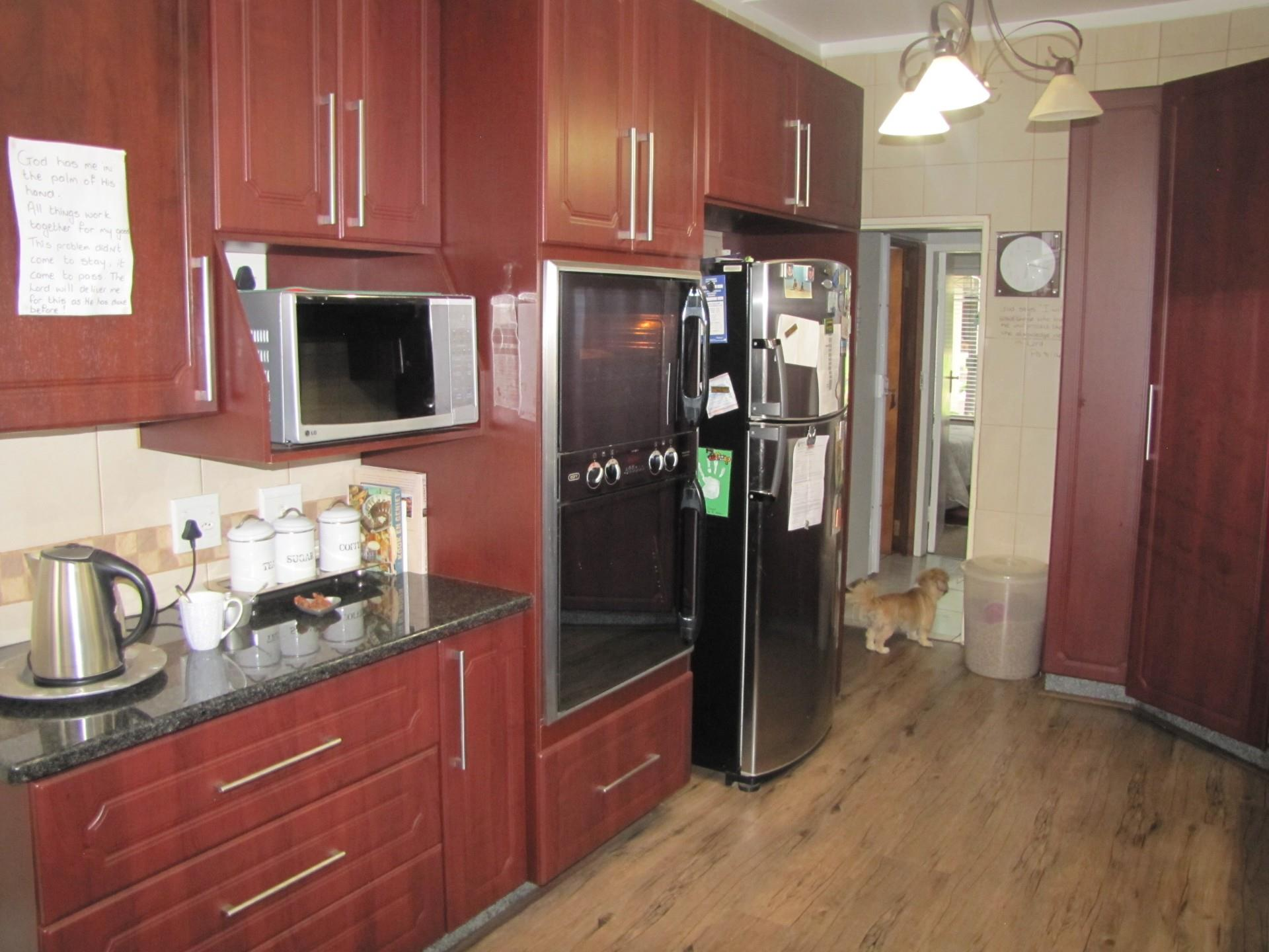 3 Bedroom House For Sale in Three Rivers Proper