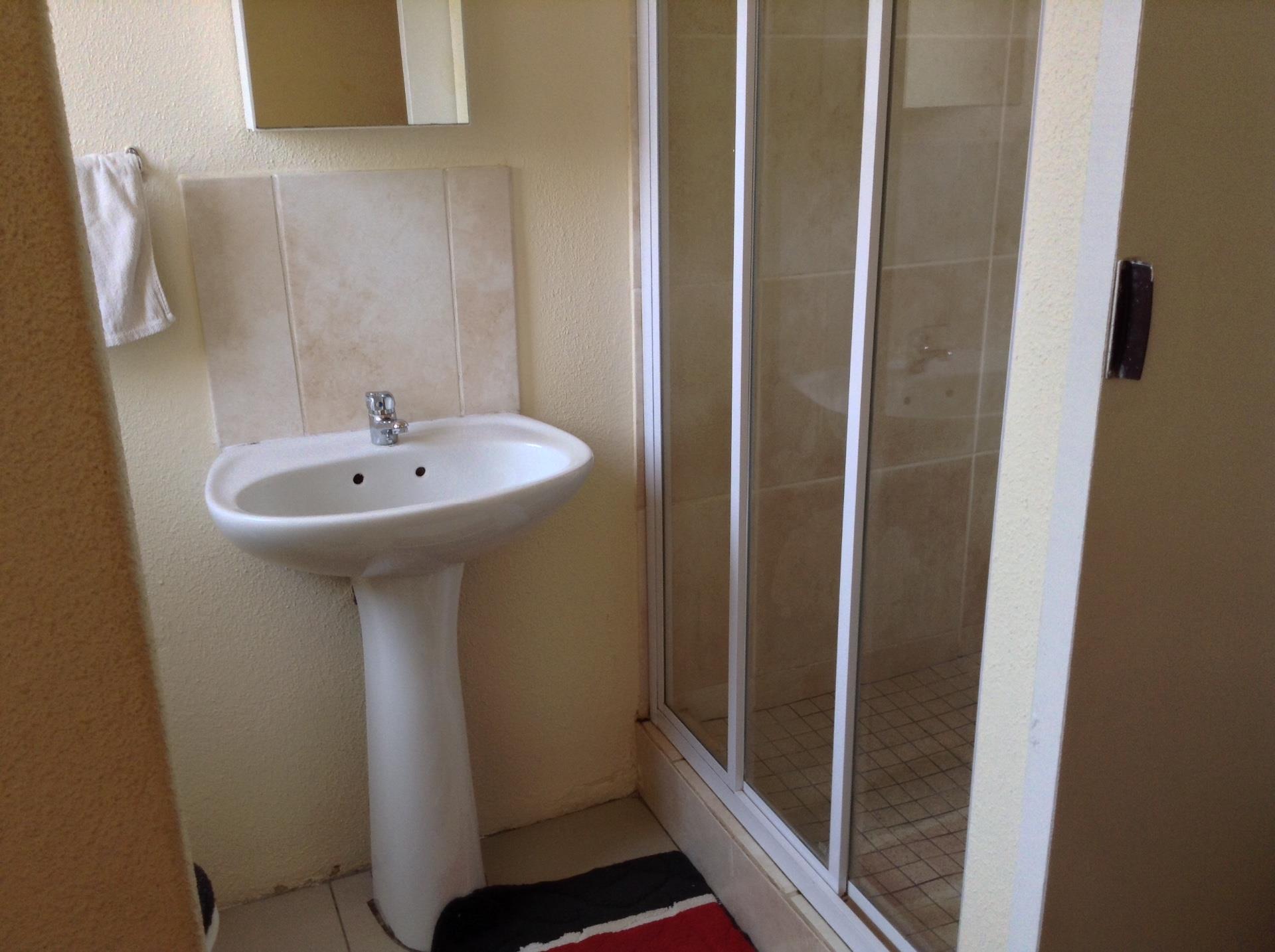 3 Bedroom House For Sale in Sharpeville