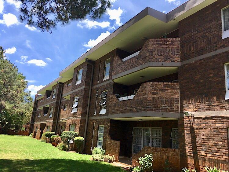 2 Bedroom Townhouse For Sale in Three Rivers
