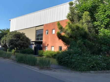 Industrial Property in Riverhorse Valley To Rent