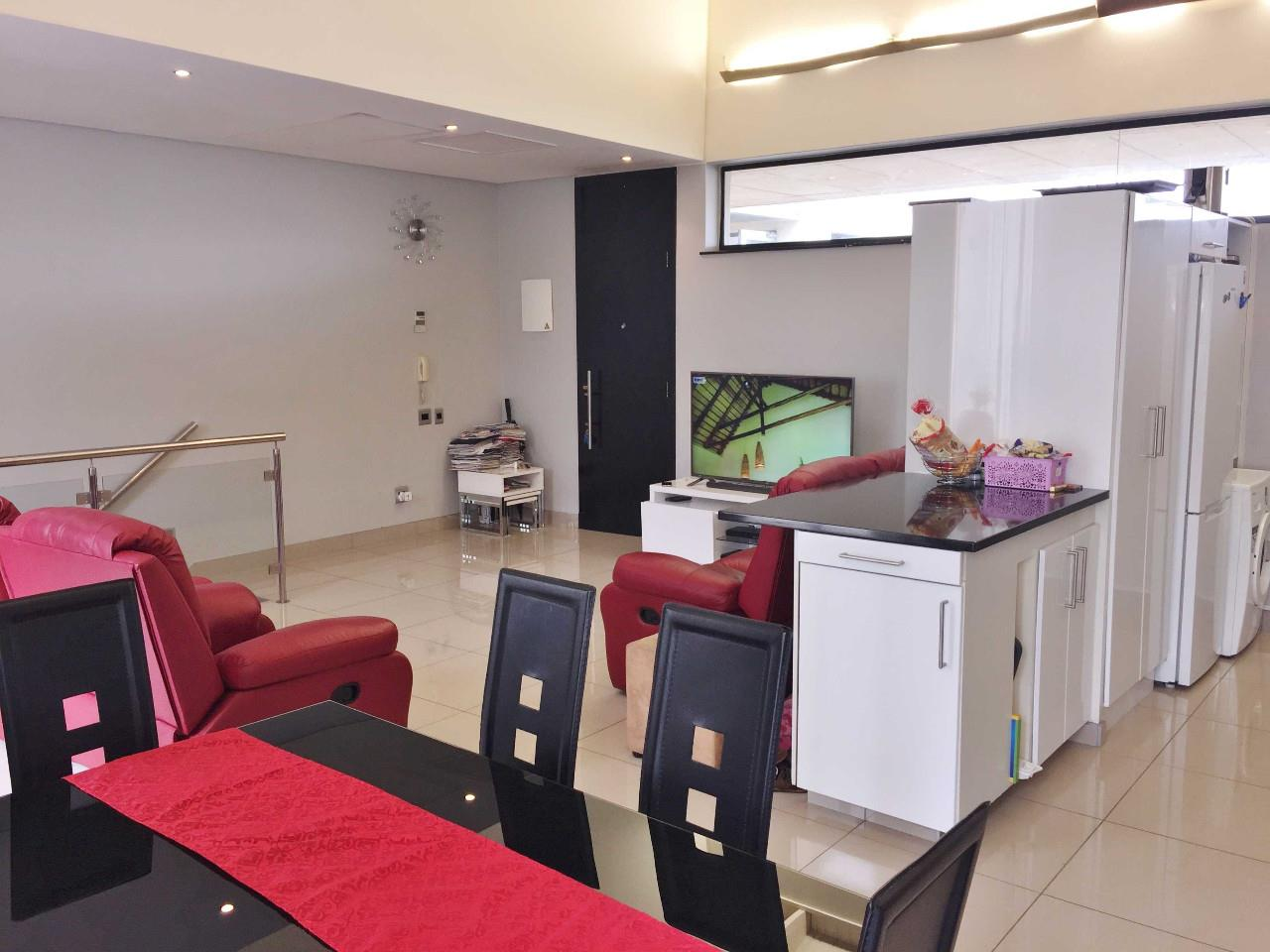 3 Bedroom Apartment / Flat For Sale in Umhlanga Ridge