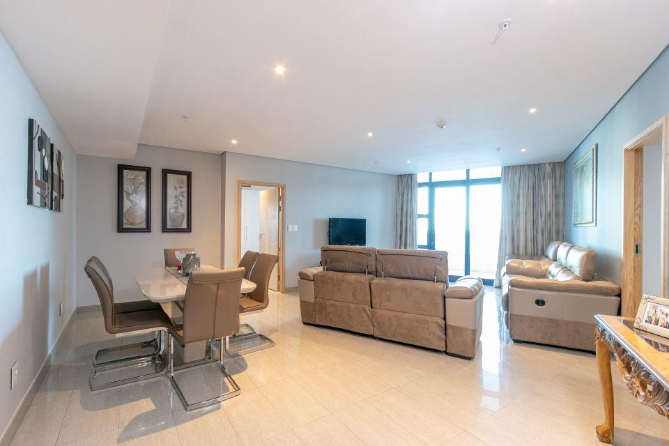 3 Bedroom Apartment / Flat For Sale in Umhlanga Rocks