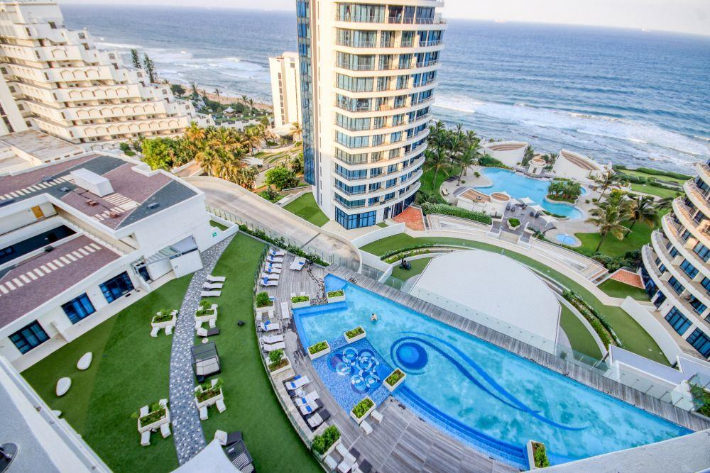4 Bedroom Apartment / Flat For Sale in Umhlanga Rocks