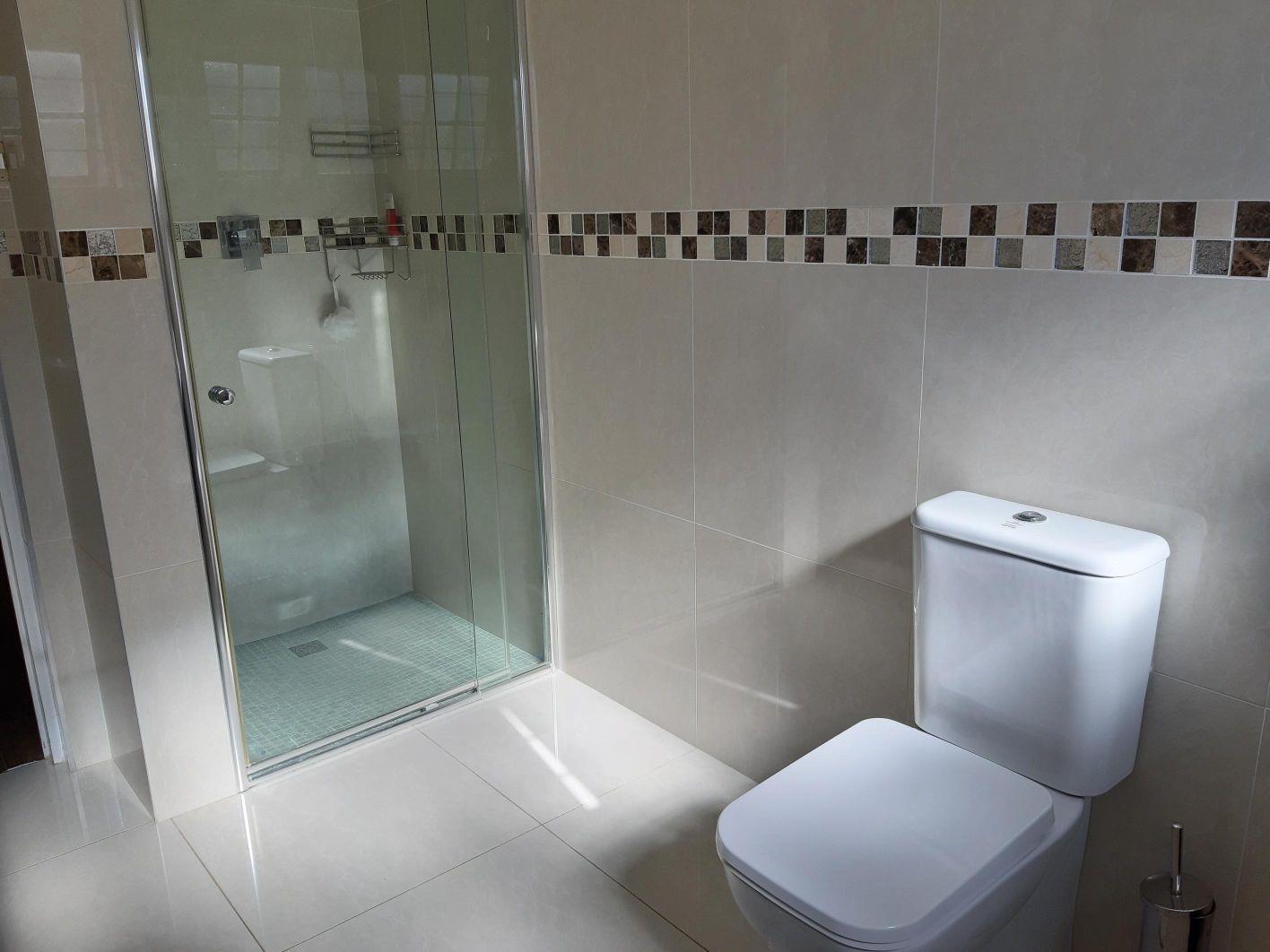 4 Bedroom House For Sale in Glenashley
