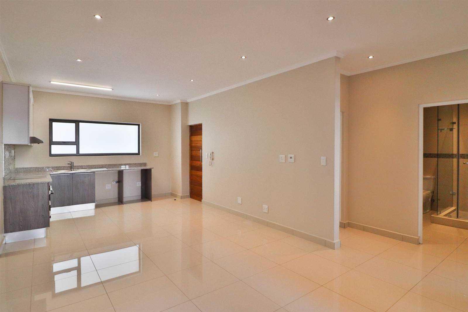 2 Bedroom Apartment For Sale in Umhlanga Ridge