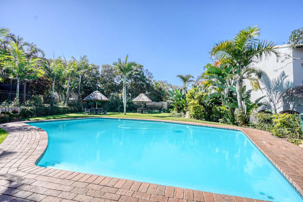 5 Bedroom Town house For Sale in Umhlanga Rocks