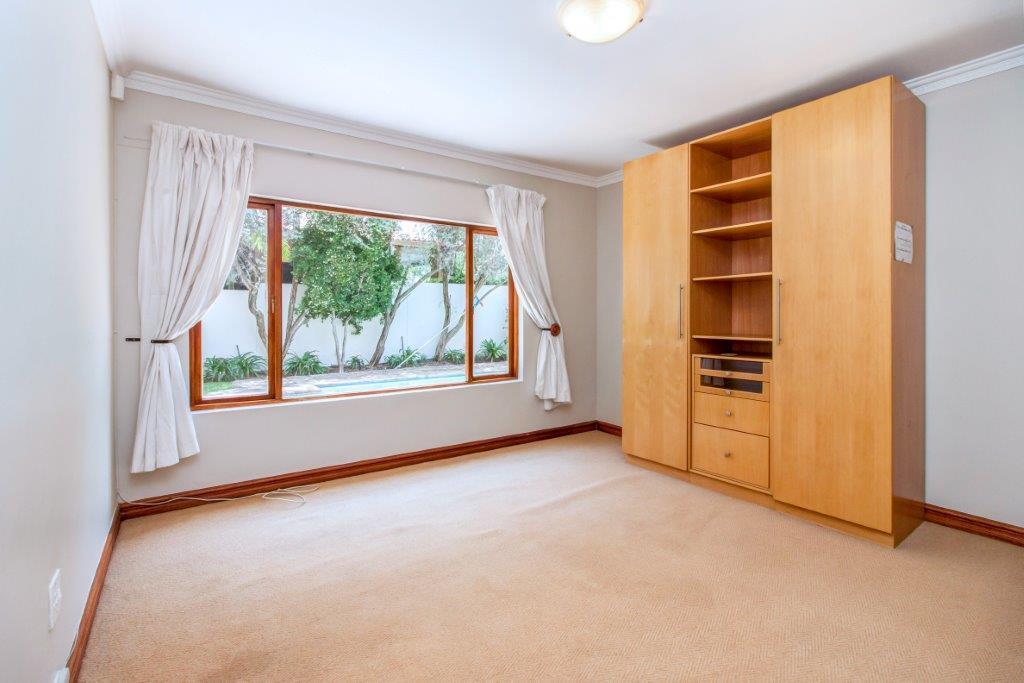 3 Bedroom House For Sale in Fernbrook Estate