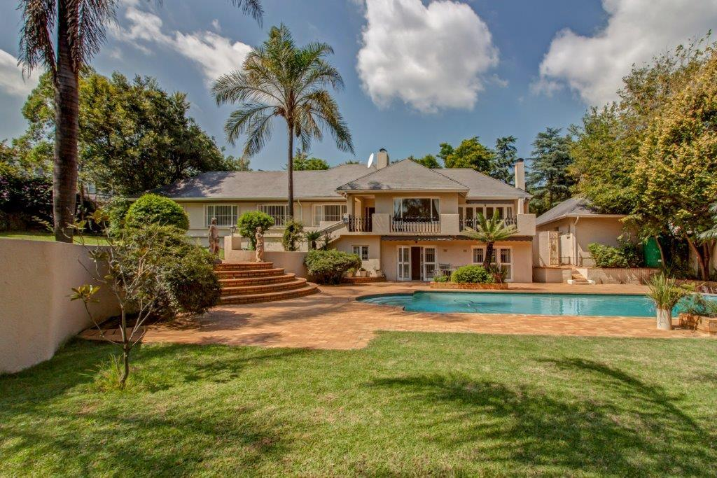 3 Bedroom House To Rent in Bryanston