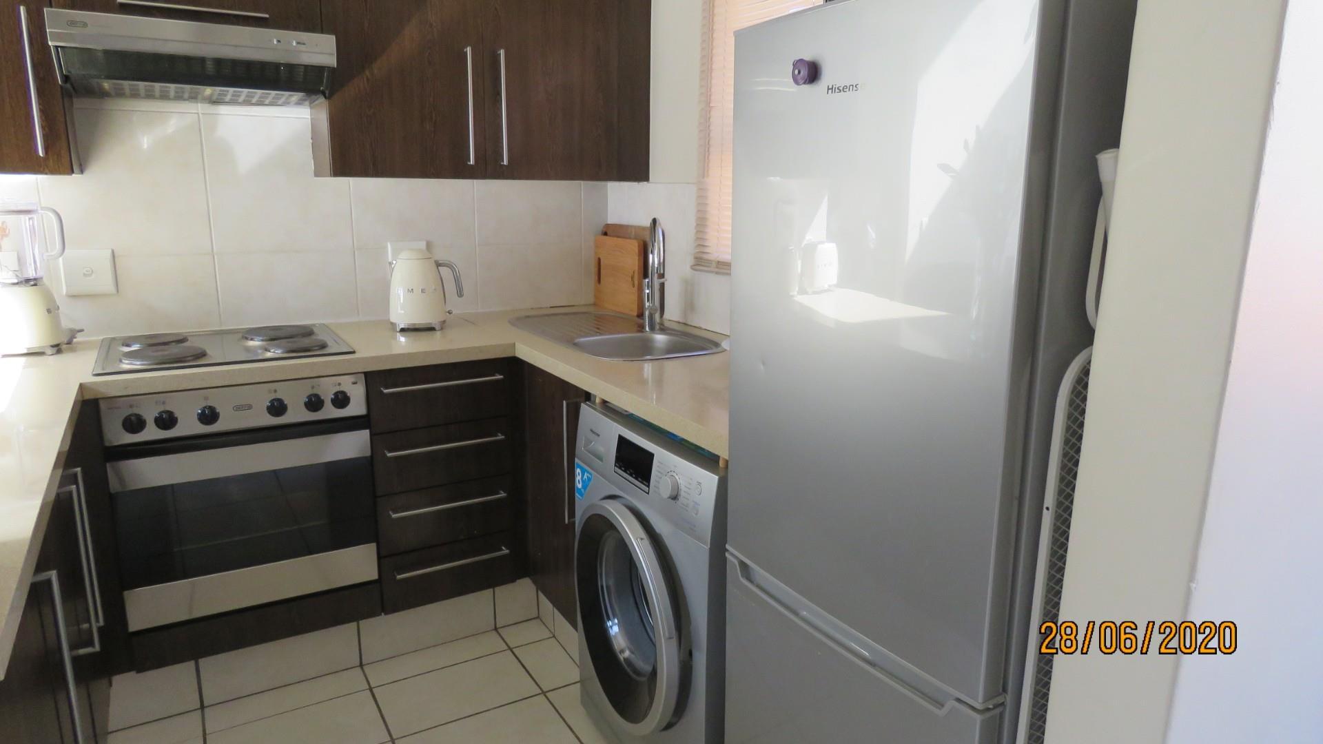 1 Bedroom Apartment / Flat To Rent in Paulshof