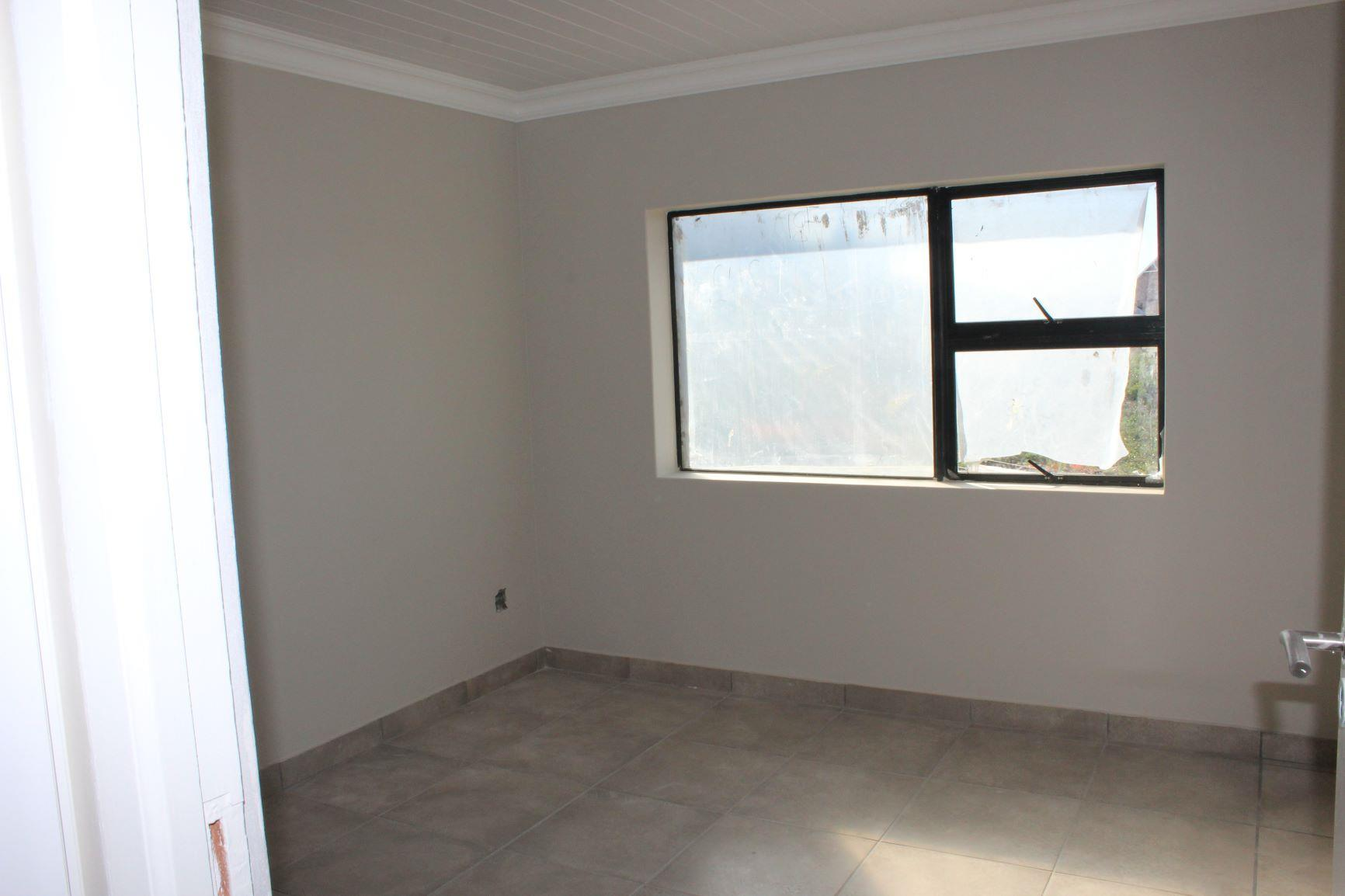 4 Bedroom House For Sale in Stilbaai Wes