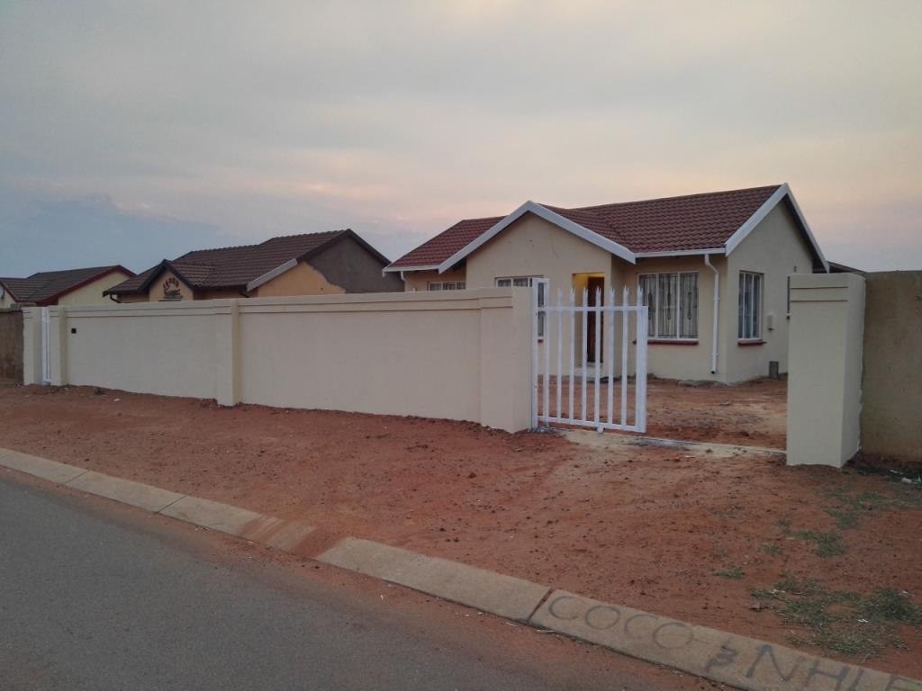 3 Bedroom House For Sale In Protea Glen For Zar 499 000