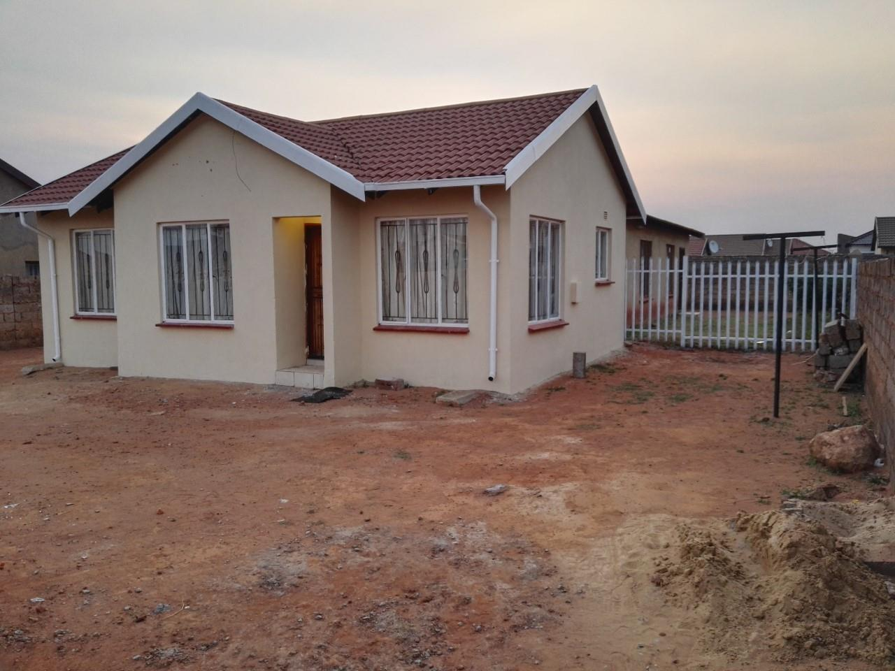3 Bedroom House For Sale In Protea Glen Re Max Of