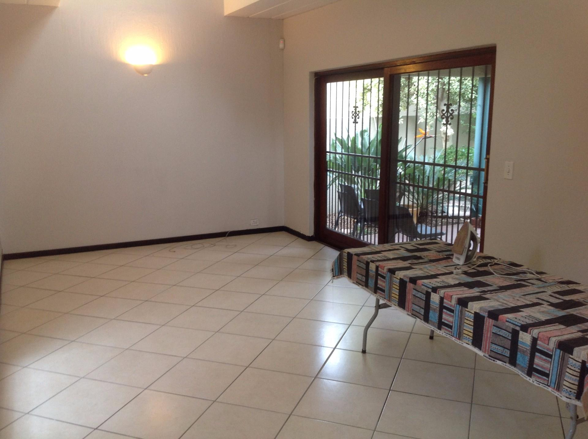 3 Bedroom Apartment / Flat To Rent in Ferndale