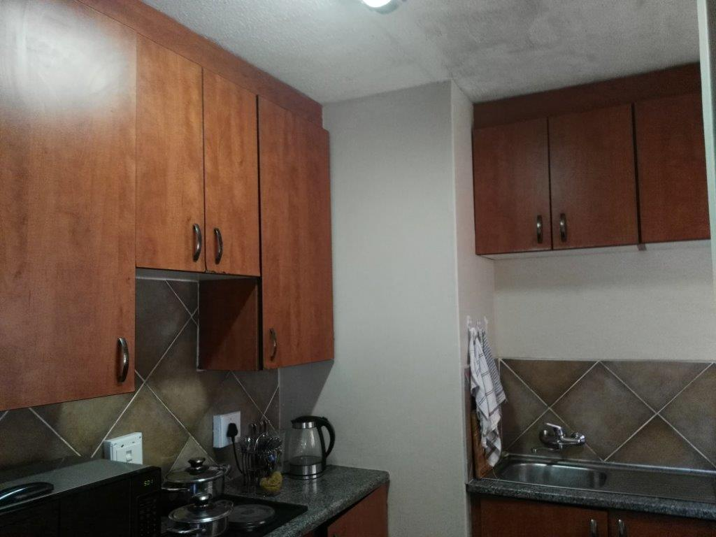 2 Bedroom Apartment To Rent in Randfontein Central