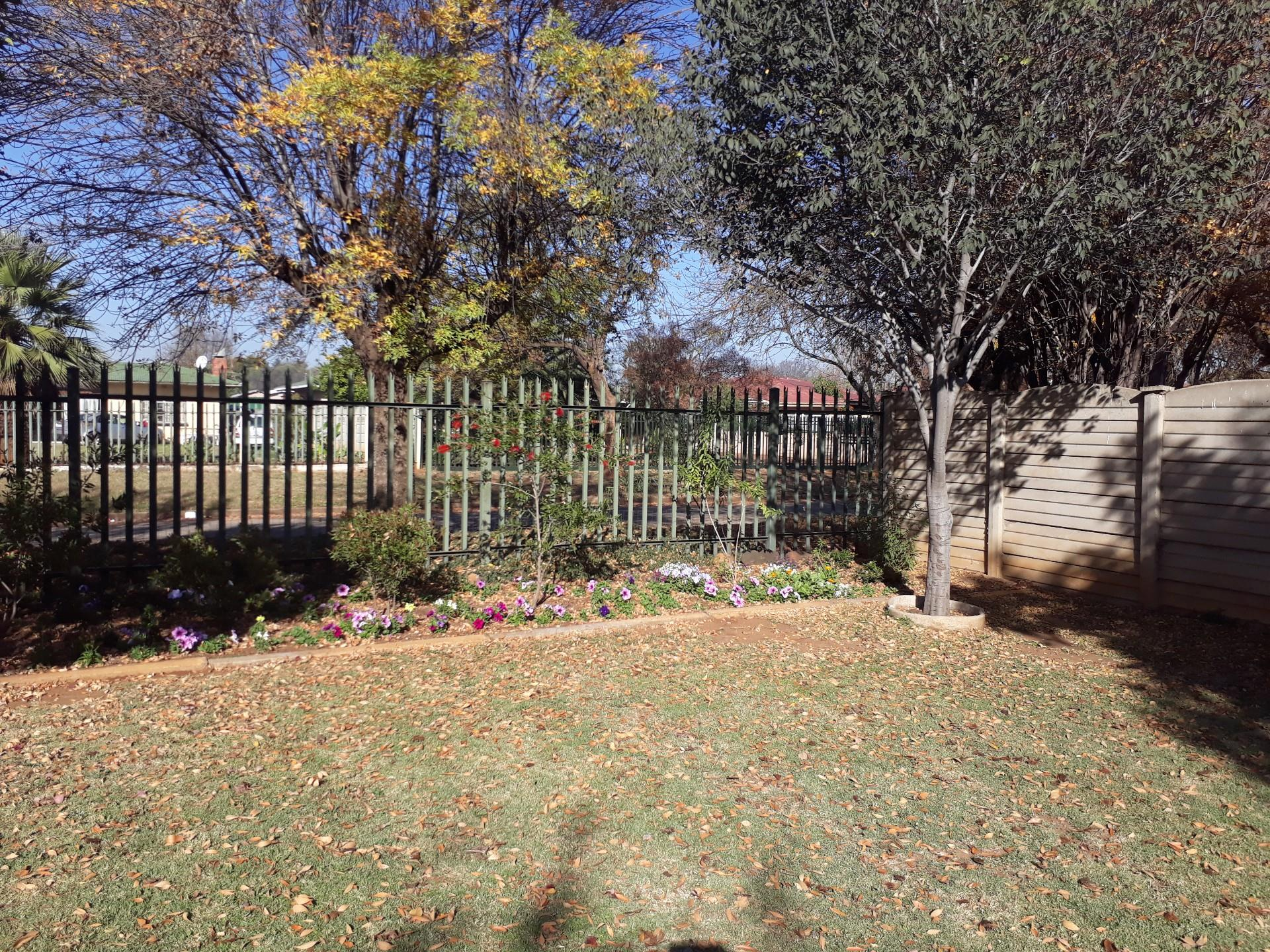 3 Bedroom House For Sale in Duncanville