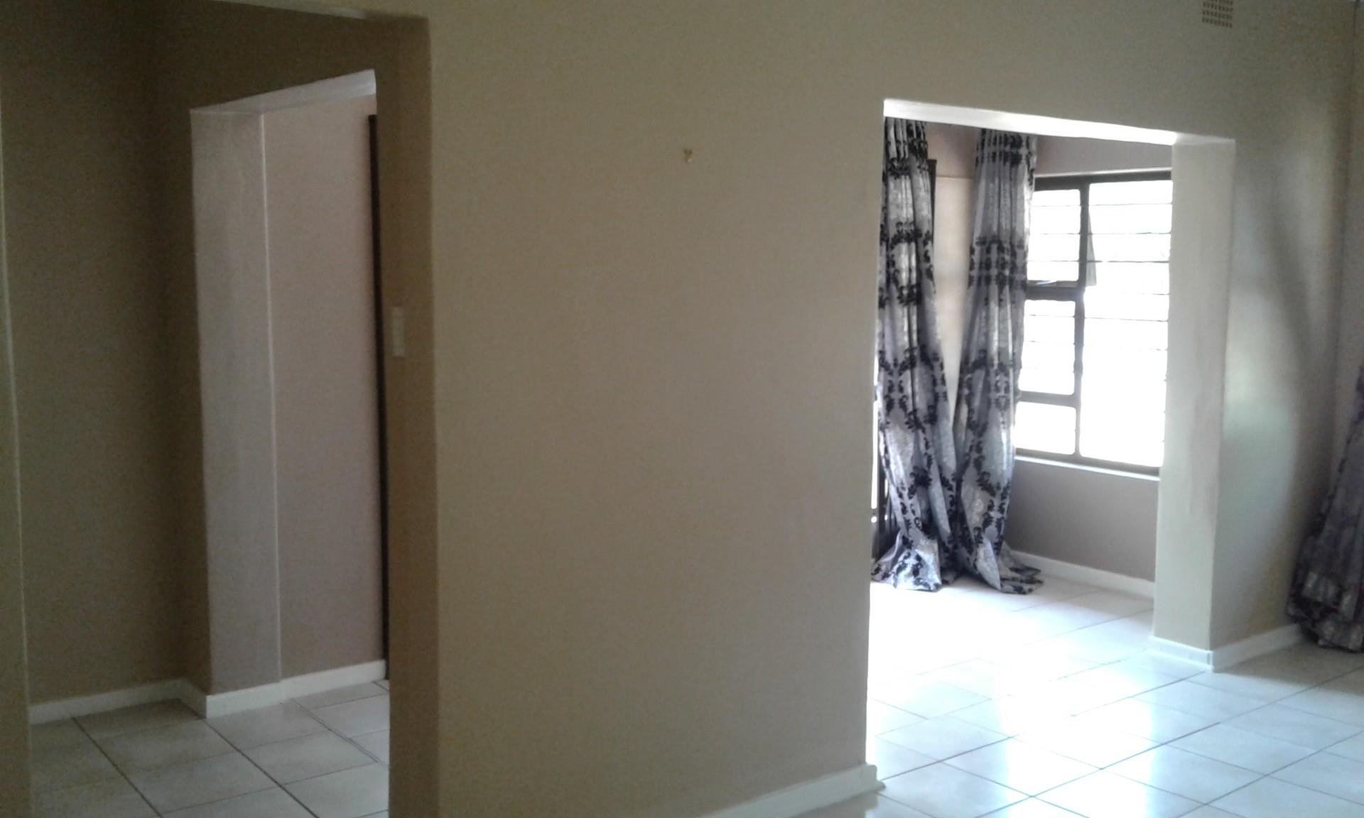4 Bedroom House For Sale in Three Rivers