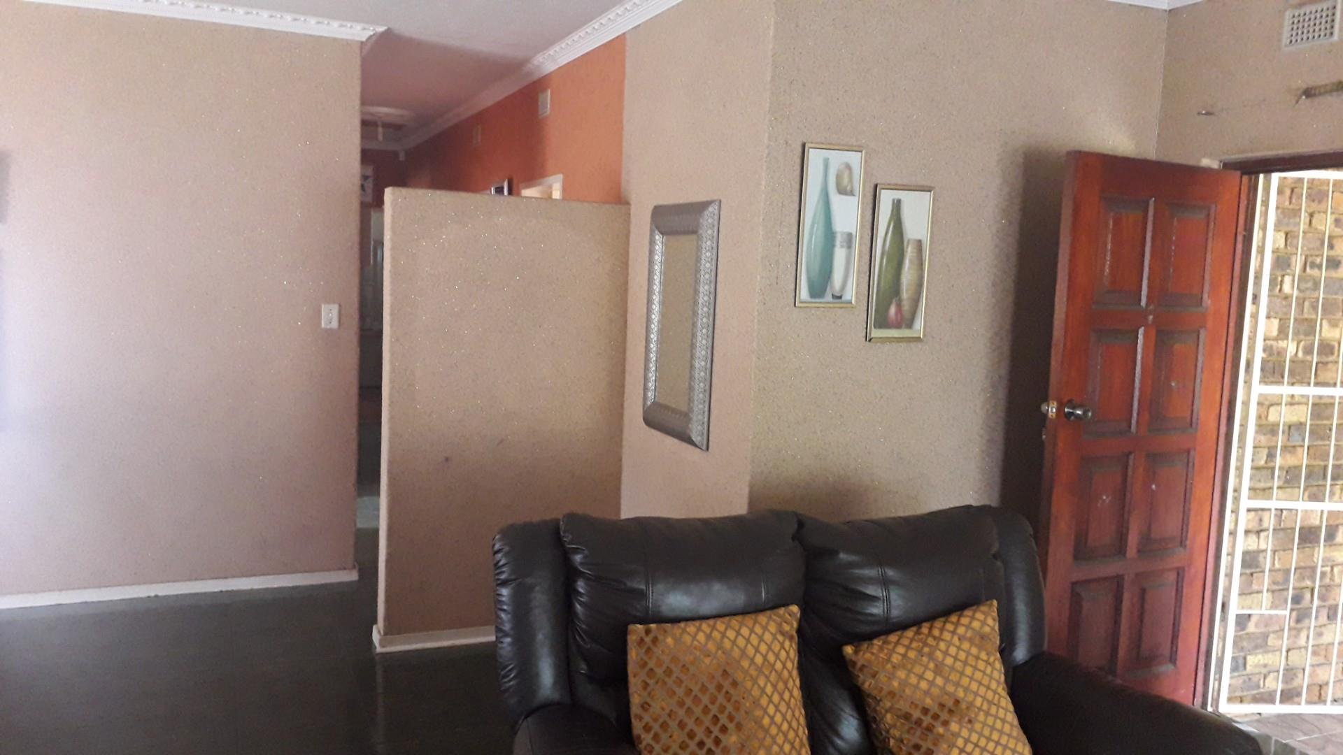 3 Bedroom House For Sale in Waldrift