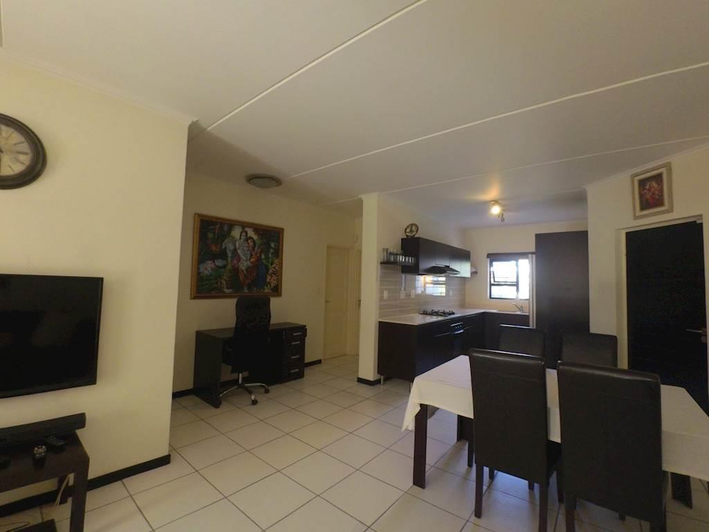 , Apartment, 3 Bedrooms - ZAR 1,590,000