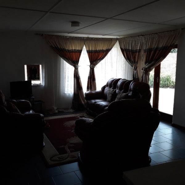 , Townhouse, 3 Bedrooms - ZAR 1,420,000