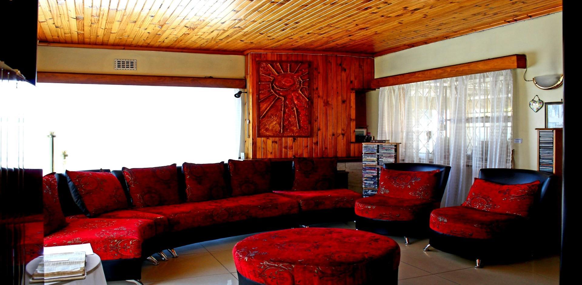 , House, 4 Bedrooms - ZAR 1,600,000