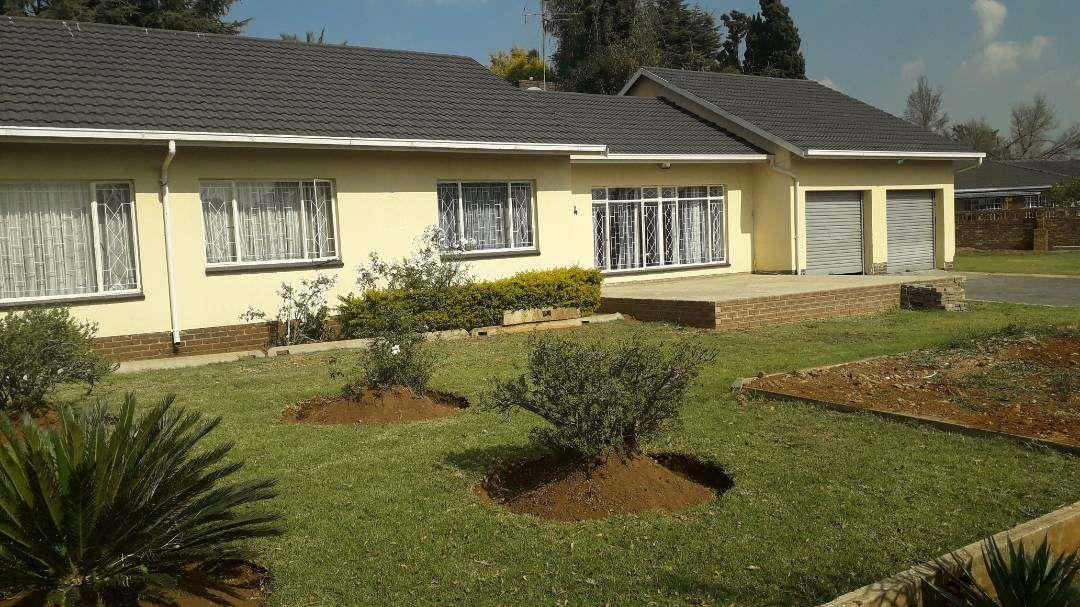 , House, 3 Bedrooms - ZAR 1,280,000
