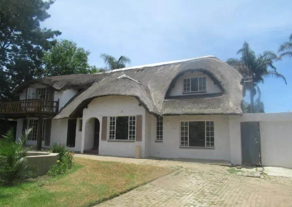 , House, 5 Bedrooms - ZAR 1,450,000