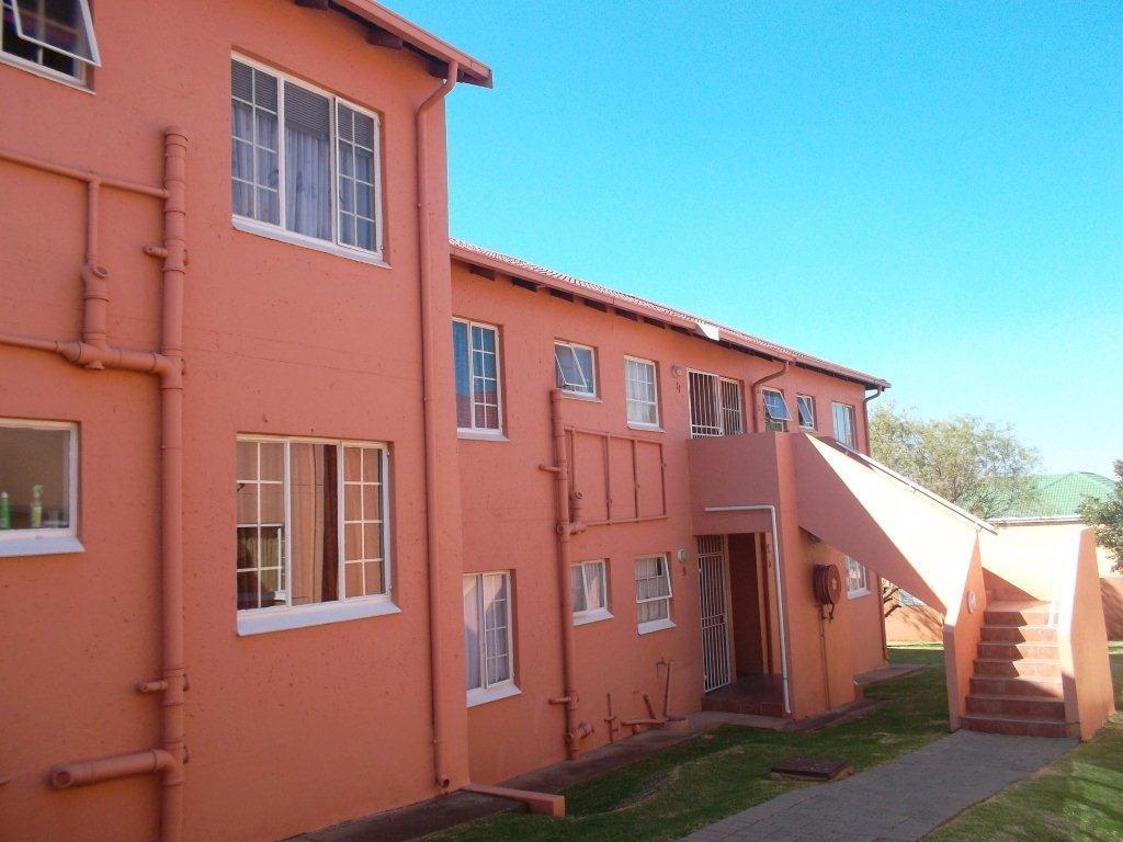 Alberton, Meyersdal Property  | Houses To Rent Meyersdal, Meyersdal, Townhouse 2 bedrooms property to rent Price:,  6,00*