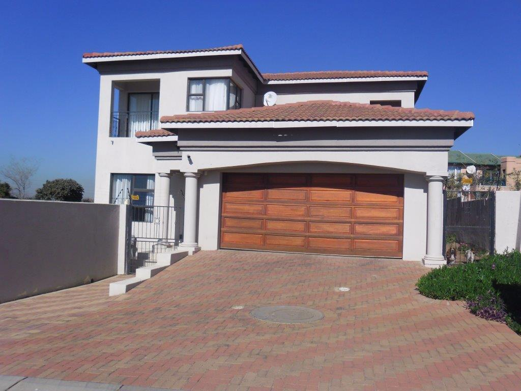 Alberton, South Crest Property  | Houses For Sale South Crest, South Crest, House 5 bedrooms property for sale Price:2,500,000