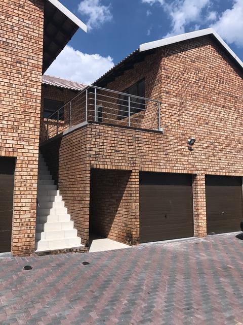 Alberton, Brackenhurst Property    Houses To Rent Brackenhurst, Brackenhurst, Townhouse 3 bedrooms property to rent Price:, 12,00*