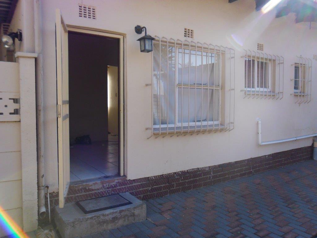 Alberton, Brackendowns Property  | Houses To Rent Brackendowns, Brackendowns, House 3 bedrooms property to rent Price:,  8,00*