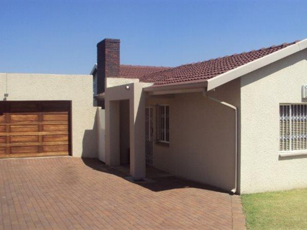 Germiston, Highway Gardens Property  | Houses For Sale Highway Gardens, Highway Gardens, House 3 bedrooms property for sale Price:1,980,000