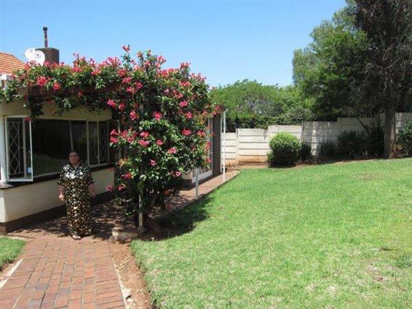 Johannesburg, De Wetshof Property  | Houses For Sale De Wetshof, De Wetshof, House 4 bedrooms property for sale Price:2,200,000