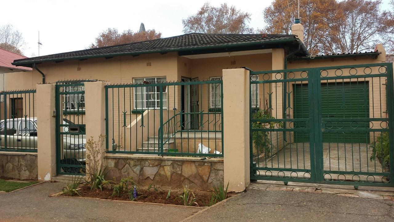 Johannesburg, Bezuidenhouts Valley Property    Houses For Sale Bezuidenhouts Valley, Bezuidenhouts Valley, House 3 bedrooms property for sale Price:880,000