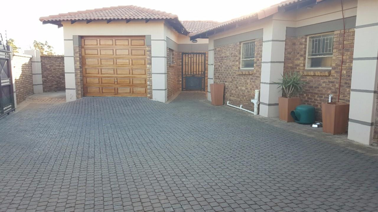Brakpan, Dalpark Property  | Houses For Sale Dalpark, Dalpark, House 3 bedrooms property for sale Price:1,450,000
