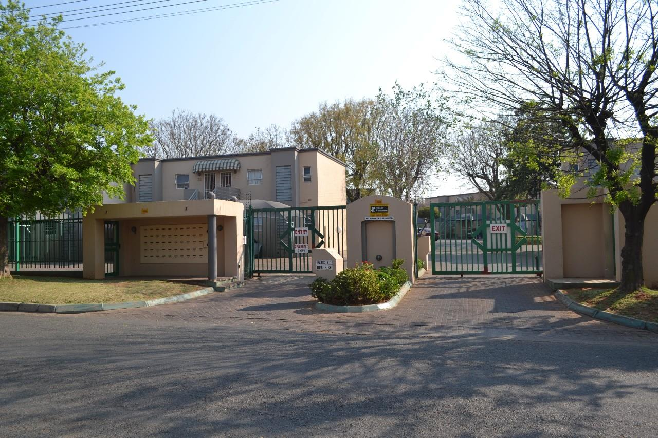 Germiston, Malvern East Property    Houses For Sale Malvern East, Malvern East, House 2 bedrooms property for sale Price:645,000