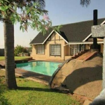 Germiston, Rustivia Property  | Houses For Sale Rustivia, Rustivia, House 5 bedrooms property for sale Price:1,365,000