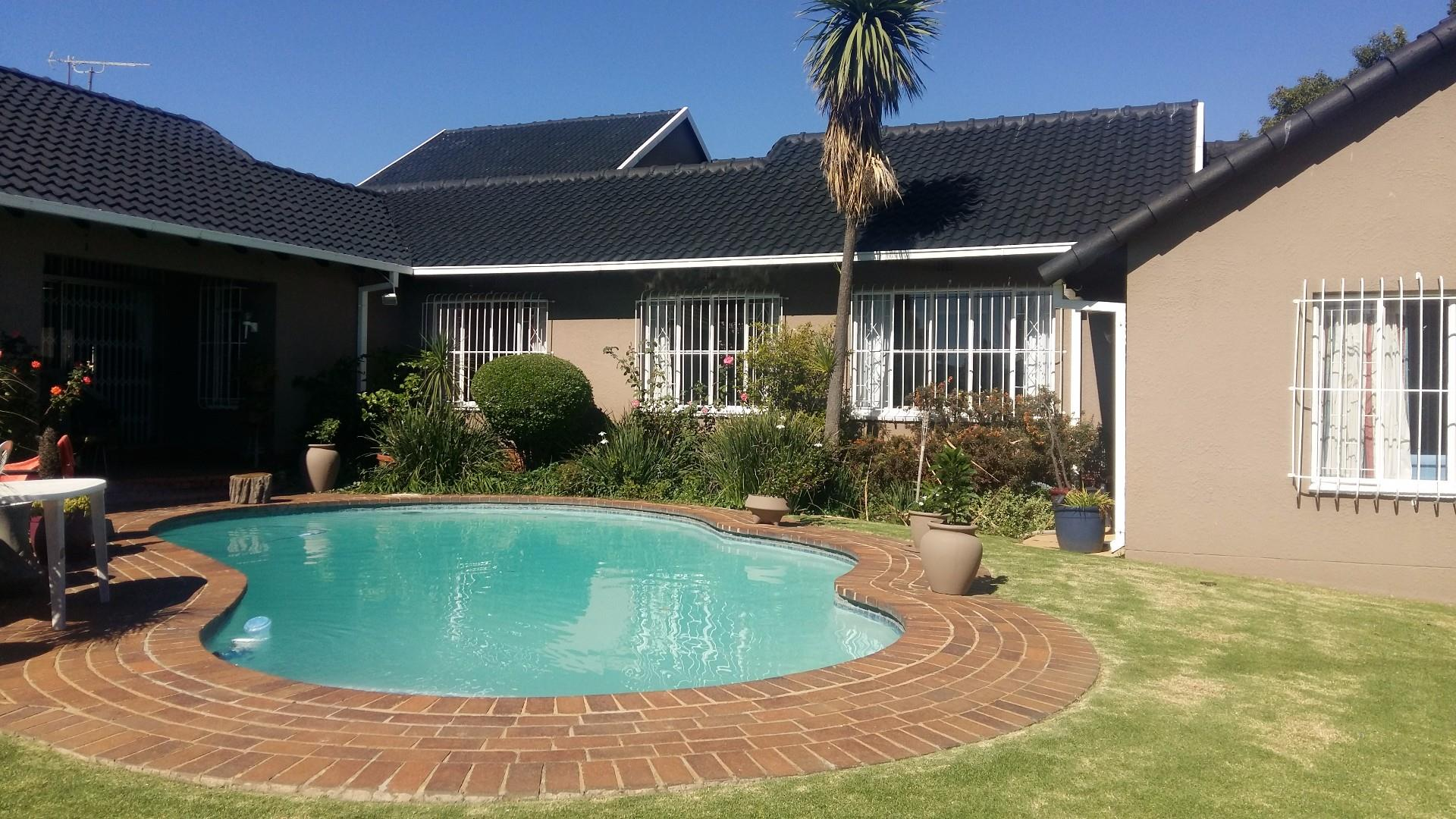 Edenvale, Eden Glen Property  | Houses For Sale Eden Glen, Eden Glen, House 4 bedrooms property for sale Price:2,300,000