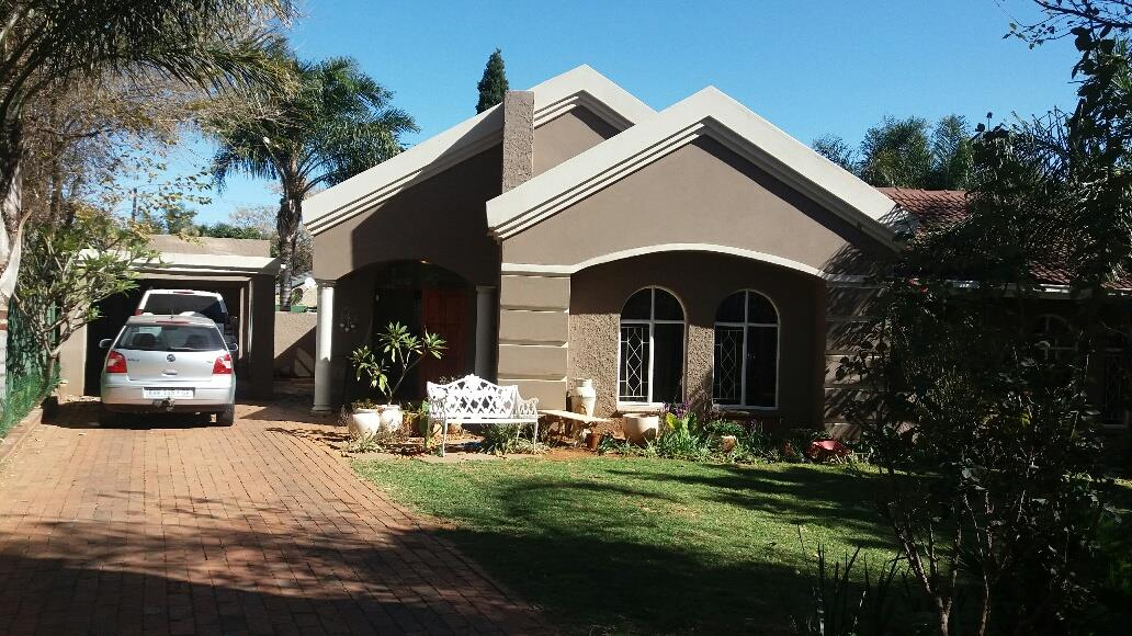 Germiston, Highway Gardens Property  | Houses For Sale Highway Gardens, Highway Gardens, House 3 bedrooms property for sale Price:2,200,000