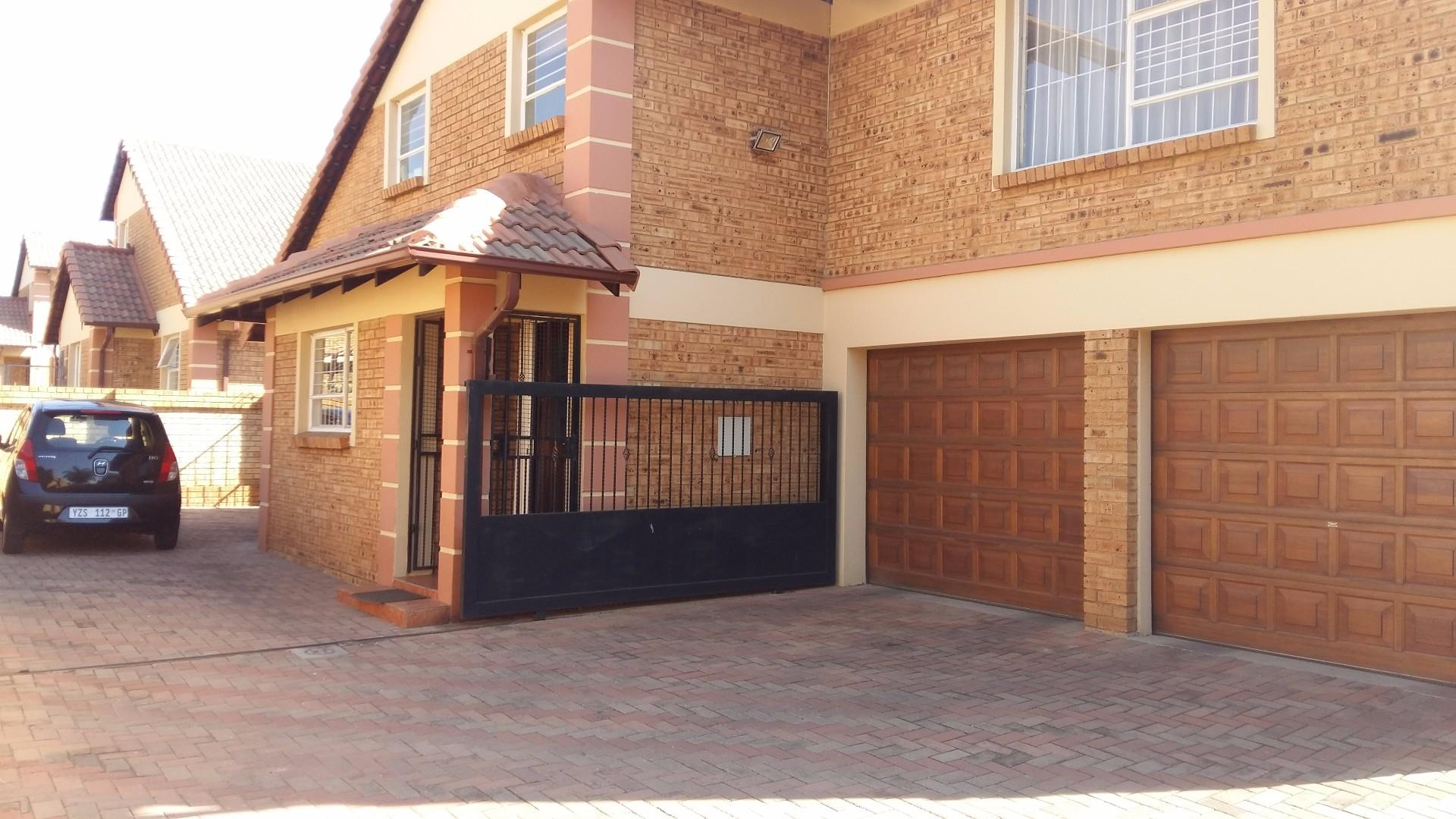 Edenvale, Eden Glen Property  | Houses For Sale Eden Glen, Eden Glen, Cluster 3 bedrooms property for sale Price:1,795,000