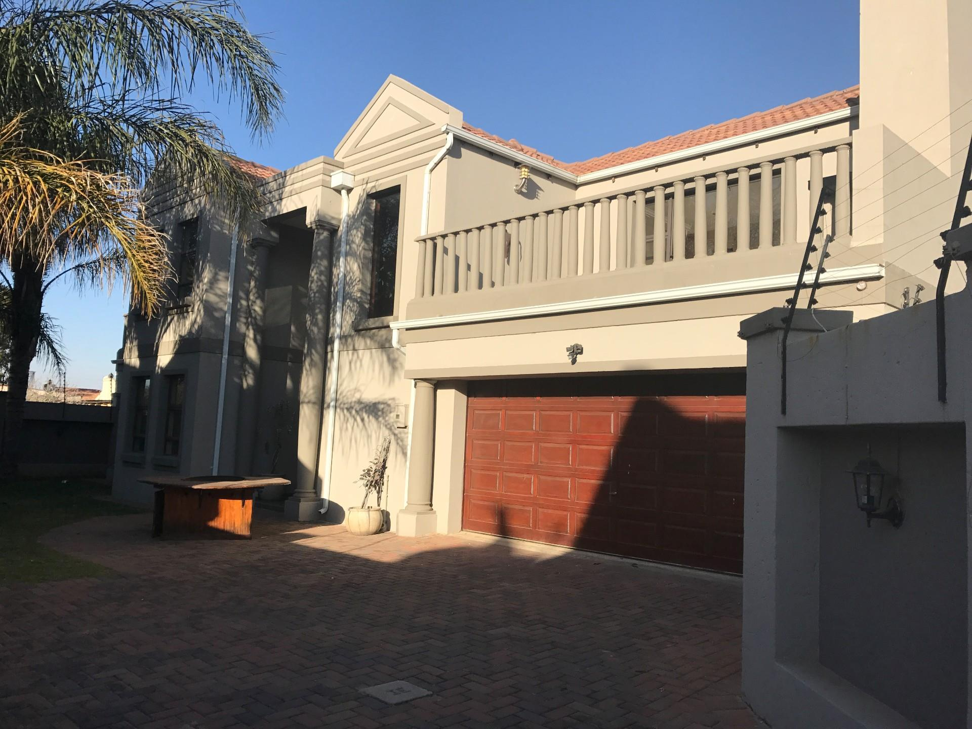 Kempton Park, Pomona & Ext Property  | Houses To Rent Pomona & Ext, Pomona & Ext, Duplex 3 bedrooms property to rent Price:, 14,00*