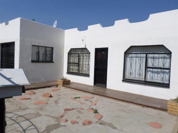 Brakpan, Tsakane Property  | Houses For Sale Tsakane, Tsakane, House 3 bedrooms property for sale Price:350,000